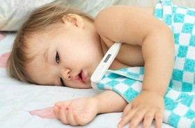 Paracetamol czy ibuprofen — który lek na gorączkę wybrać dla dziecka i jak go prawidłowo dawkować?