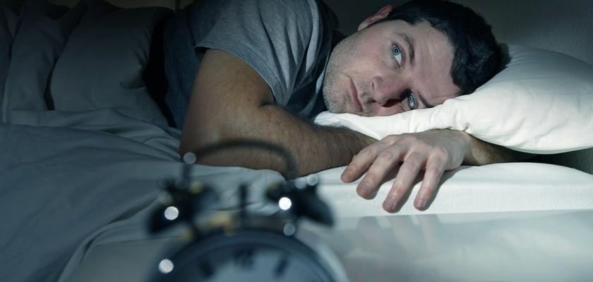 Nie mogę spać! Metody walki z bezsennością i zaburzeniami snu