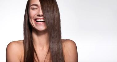 Wypadanie włosów – przegląd aptecznych wspomagaczy