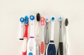 Szczoteczka do zębów – rotacyjna czy soniczna? Wady i zalety