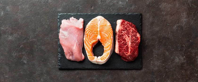 Dieta karniwora (mięsna) – na czym polega? Założenia i efekty