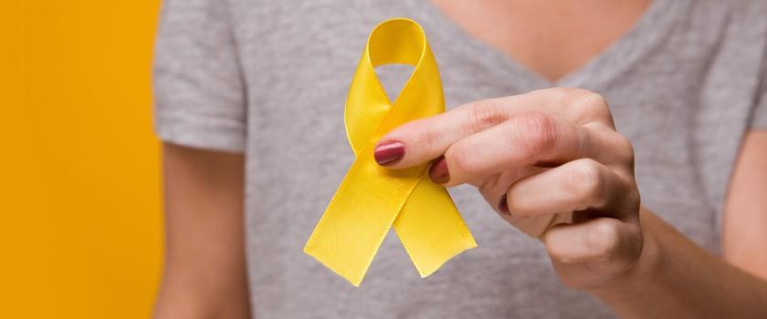 Marzec miesiącem świadomości endometriozy. Co wiemy o tej podstępnej chorobie?