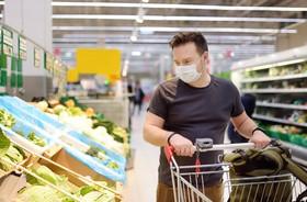 Jak bezpiecznie robić zakupy w czasach pandemii?