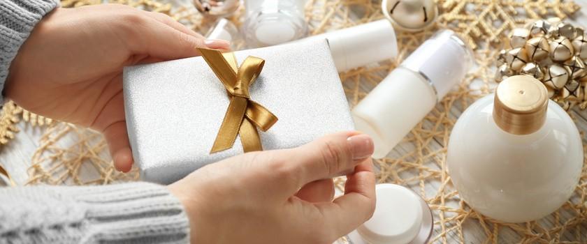 5 kosmetyków klasyków na prezent pod choinkę