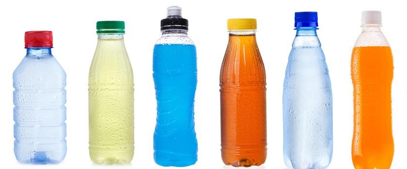 Napoje izotoniczne, hipotoniczne i hipertoniczne – właściwości oraz wskazania