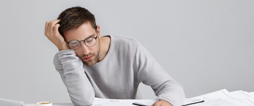Pomoc farmakologiczna na problemy z koncentracją — co warto stosować?