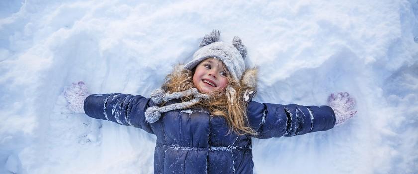 Ferie zimowe – poradnik dla rodziców i wychowawców