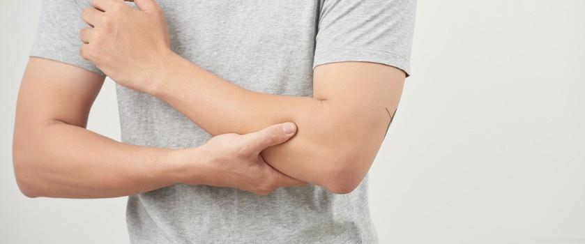 """Porażenie nerwu promieniowego – jakie są przyczyny i jak leczy się """"porażenie sobotniej nocy""""?"""