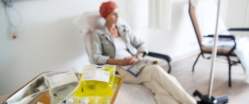 Nowoczesna chemioterapia i radioterapia – leczenie raka bez efektów ubocznych?