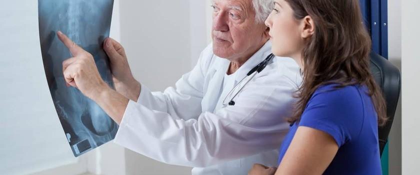 RTG kręgosłupa piersiowego  – badanie, wskazania, przeciwwskazania, refundacja, cena prześwietlania