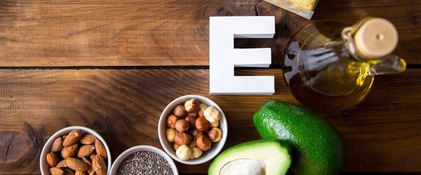 Witamina E – gdzie występuje? Funkcje w organizmie, suplementacja, niedobór i nadmiar