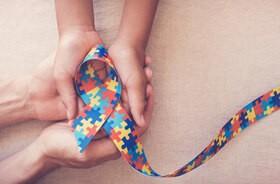 Autyzm dziecięcy – objawy, przyczyny, terapia przy zaburzeniach autystycznych