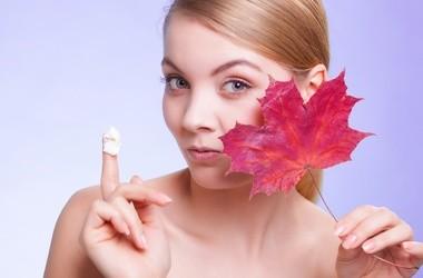 Jak dbać o skórę w chłodne dni?