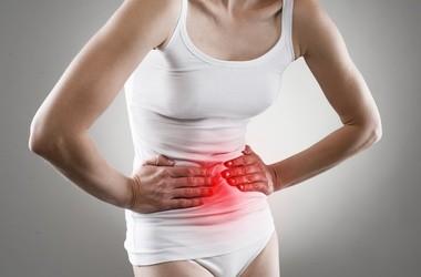 Ostry ból brzucha – kiedy może być groźny?