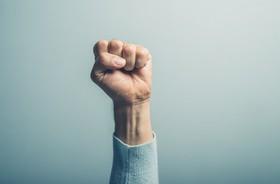 Agresja – czym tak naprawdę jest i z czego wynika? Czym jest agresja wrodzona, a czym agresja nabyta?