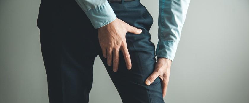 Przywodziciele uda – przyczyny, objawy, leczenie bólu mięśnia przywodziciela. Ćwiczenia na naciągnięty przywodziciel