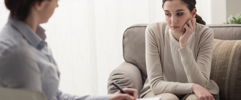 Nerwica natręctw myślowych - leczenie, objawy i przyczyny