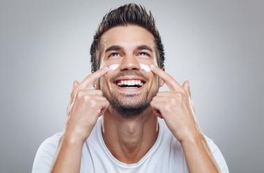 Jak zadbać o skórę mężczyzny? Najczęstsze błędy i problemy