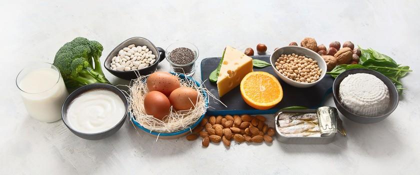 Dieta na mocne kości – co jeść, by mieć zdrowe kości?