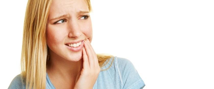 Krwawienie dziąseł - przyczyny i zapobieganie