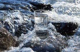Przegląd wód butelkowanych