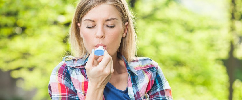 Astma oskrzelowa - objawy, leczenie i przyczyny powstania