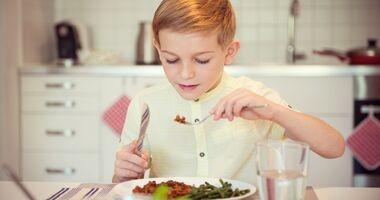 Czy dzieci mogą jeść rośliny strączkowe? – Dietetyk radzi
