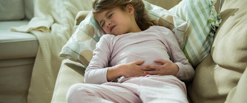 Jelitówka u dzieci – przyczyny, objawy, leczenie grypy żołądkowej u dziecka