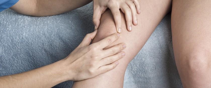 Zwichnięcie rzepki – przyczyny, objawy, leczenie, rehabilitacja