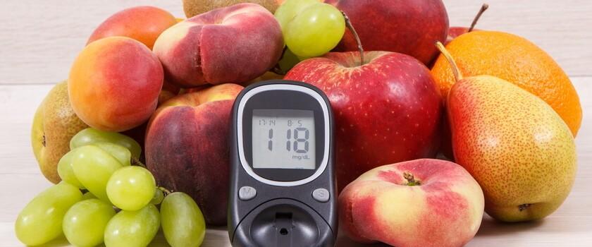Jedzenie świeżych owoców może być dobrym sposobem uniknięcia cukrzycy i jej powikłań, informują naukowcy