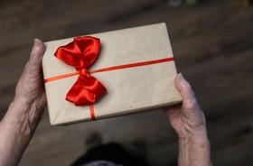 5 pomysłów na idealny prezent dla Babci i Dziadka