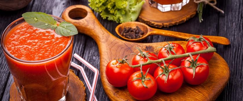 Opalasz się? Jedz więcej pomidorów!