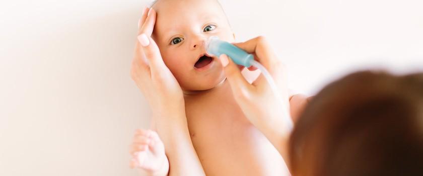 Czyszczenie noska noworodka. Jak zrobić to najlepiej?