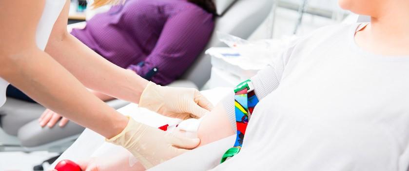 Oddawanie krwi - jak się przygotować oraz co jeść przed i po oddaniu krwi