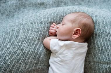 Zapalenie ucha u dziecka — jak rozpoznać? Co robić?