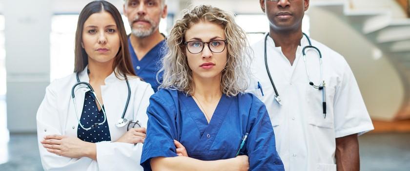 Inne zawody medyczne dołączają do protestu lekarzy