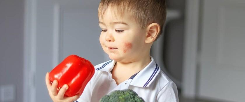 Dieta przy atopowym zapaleniu skóry (AZS) – o czym warto pamiętać?