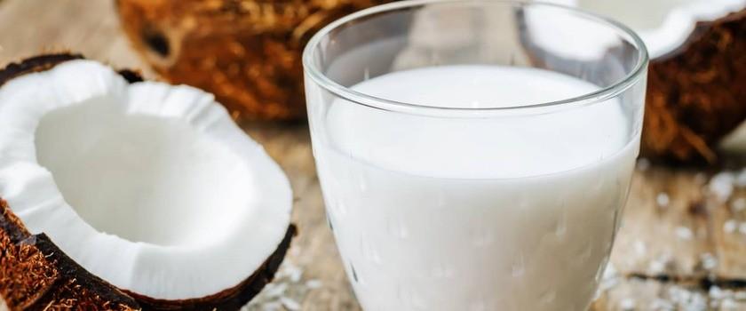 Mleko kokosowe – wartości odżywcze, właściwości, zastosować. Jak zrobić je w domu?
