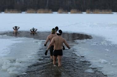 Morsowanie – czy lodowate kąpiele są korzystne dla zdrowia?