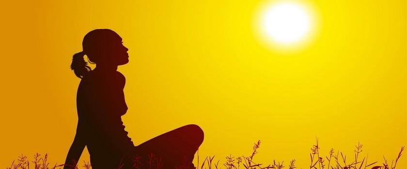 Jak przygotować skórę na słońce?