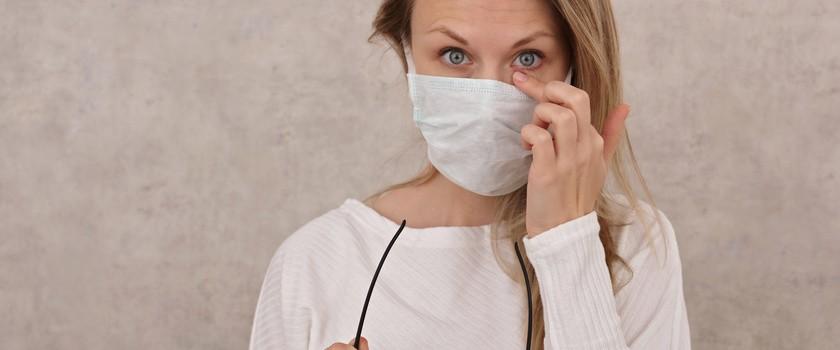 Koronawirus dociera do organizmu głównie za pośrednictwem komórek nosowych i rogówki oka