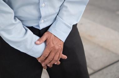Zapalenie najądrza – przyczyny, objawy, leczenie i powikłania