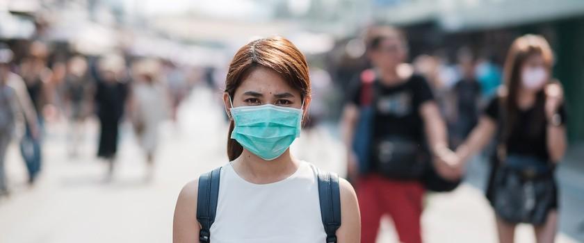 Koronawirus: powrót restrykcyjnych obostrzeń w powiatach z największą liczbą zakażeń
