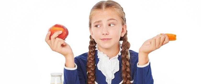 Czystka w sklepikach szkolnych – co znajdziemy w nich od września?