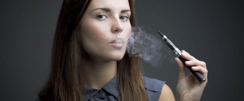 E-papierosy tylko w palarniach?
