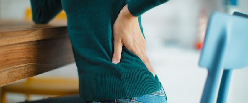Ból kręgosłupa lędźwiowego — ćwiczenia, objawy i leczenie