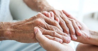 Jak przygotować się do opieki nad chorym członkiem rodziny?