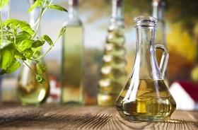 Oliwa czy swojski olej rzepakowy – co służy nam lepiej?