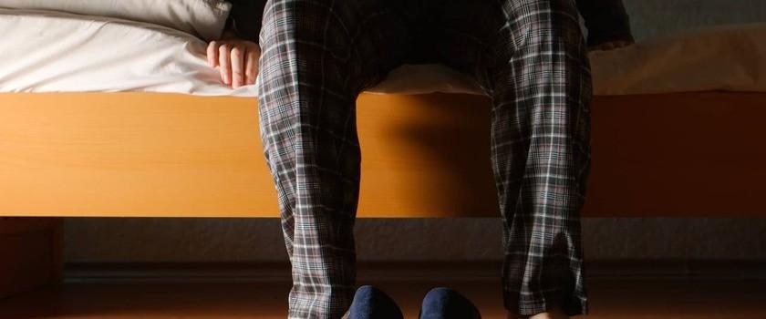 Nykturia – czym jest? Przyczyny i leczenie oddawania moczu w nocy