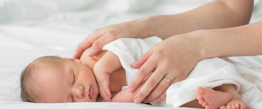 Ekspert: sąd rodzinny nie miał prawa odebrać dziecka rodzicom z Białogardu